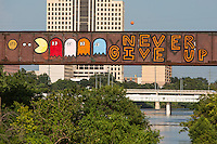 Austin Graffiti Bridge - inspirational public art paintings over Lady Bird Lake Stock Photo Gallery