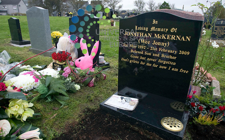Suicide teenager Neve Lafferty is buried next to her tragic boyfriend. The troubled 15-year-old will lie forever beside her beloved Jonny McKernan after Tuesday's funeral.  Grief-stricken Neve had battled to cope after the 16-year-old's death from a drugs overdose eight months ago. .Picture 13 October 2009: Universal News and Sport (Scotland).All pictures must be credited to  www.universalnewsandsport.com.(0ffice) 0844 884 51 22..