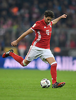 Fussball  1. Bundesliga  Saison 2016/2017  14. Spieltag  FC Bayern Muenchen - VfL Wolfsburg    10.12.2016 Javi Martinez  (FC Bayern Muenchen)