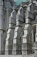Buttresses, south nave, with niches containing ecclesiastical figures, 13th century, Chartres Cathedral, Eure et Loir, France. Picture by Manuel Cohen