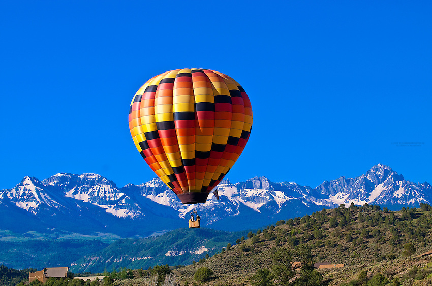 Hot Air ballooning in RIdgway (Sneffels Range in background), Colorado (with San Juan Balloon Adventures)