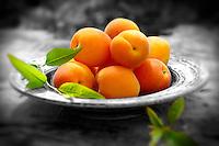 Fresh whole apricots
