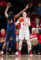 STANFORD, CA - JANUARY 16, 2015--<br /> Stanford&rsquo;s Bonnie Samuelson, during the Arizona game at Maple Pavilion.