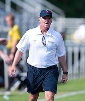 Virginia head coach Steve Swanson talks to his team at Klockner Stadium in Charlottesville, VA.  Virginia defeated Clemson, 3-0.