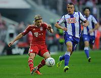 Fussball Bundesliga Saison 2011/2012 9. Spieltag FC Bayern Muenchen - Hertha BSC Berlin V.l.: Anatoliy TYMOSHCHUK (FCB), Aenis BEN-HATIRA (Hertha BSC).