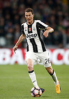 Calcio, Serie A: Torino, Juventus Stadium, 6 maggio 2017. <br /> Juventus' Stephan Lightsteiner in action during the Italian Serie A football match between Juventus and Torino at Torino's Juventus stadium, May 6, 2017.<br /> UPDATE IMAGES PRESS/Isabella Bonotto
