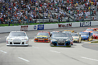 30 March - 1 April, 2012, Martinsville, Virginia USA.Start, Kevin Harvick, Kasey Kahne, Clint Bowyer.(c)2012, Scott LePage.LAT Photo USA