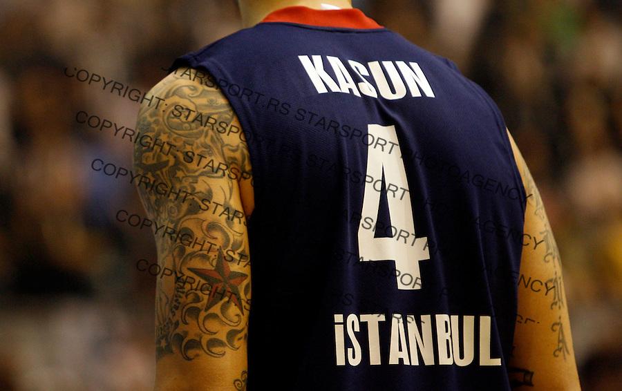 Kosarka, Euroleague, sezona 2009/2010.Partizan Vs. Efes Pilsen (Istanbul).Mario Kasun, tatoo, tetovaza.Belgrade, 10.12.2009..foto: Srdjan Stevanovic/Starsportphoto ©
