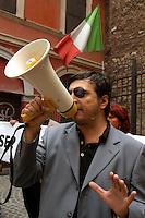 """Roma 6 Settembre 2007  .Manifestazione  del partito  """"La Destra""""  contro l'apertura di una Moschea al quartiere  Esquilino  .Fabio Sabbatani Schiuma, portavoce del partito """"La Destra"""" a Roma..Rome September 6 th 2007  .Demonstration of the party """"La Destra"""" against the opening of a Mosque to the district Esquilino  . Fabio Sabbatani Schiuma, spokesman of the party """"La Destra"""" to Rome."""