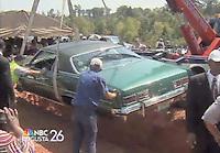 09/09/09 Man buried in '72 Pontiac