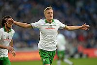 FUSSBALL   1. BUNDESLIGA   SAISON 2013/2014   12. SPIELTAG FC Schalke 04 - SV Werder Bremen                           09.11.2013 0:1 Torschuetze Felix Kroos (SV Werder Bremen) bejubelt seinen Treffer