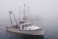 Fishing Boat, Fog, Massachusetts, Chatham, Chatham Fish Pier, Cape Cod