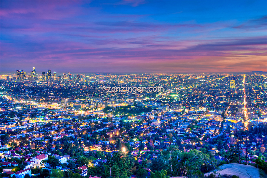 L a skyline los angeles ca cityscape night dusk lit for Beautiful in los angeles