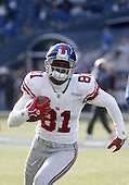 13 Nov 2005:   New York Giants wide receiver Amani Toomer warmed up before the start of the game against the Seattle Seahawks at Qwest Field in Seattle, Washington.