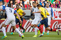Seattle, WA - Thursday, June 16, 2016: United States forward Clint Dempsey (8) works to maintain possession during the Quarterfinal of the 2016 Copa America Centenrio at CenturyLink Field.