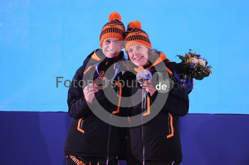 OLYMPICS: SOCHI: Medal Plaza, 19-02-2014, Ladies' 5000m, Ireen Wüst (NED), Carien Kleibeuker (NED), ©photo Martin de Jong