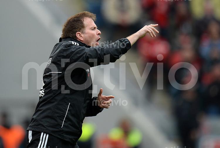 FUSSBALL   1. BUNDESLIGA   SAISON 2012/2013    31. SPIELTAG Bayer 04 Leverkusen - SV Werder Bremen                  27.04.2013 Trainer Sascha Lewandowski (Bayer 04 Leverkusen)