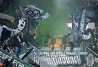 FUSSBALL   1. BUNDESLIGA  SAISON 2011/2012   16. Spieltag FC Augsburg - Borussia Moenchengladbach            10.12.2011 Borussia Moenchengladbach Fans mit Fahnen in der Fankurve