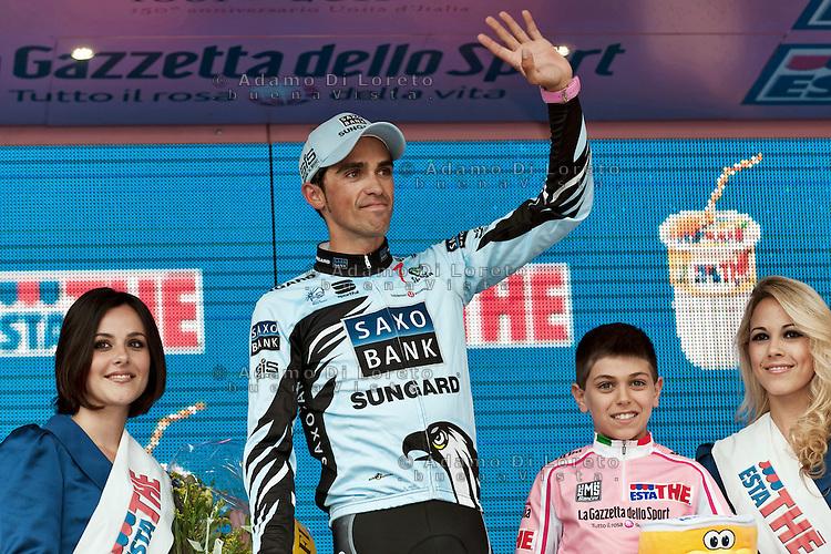 TERAMO: ARRIVO DI TAPPA DEL GIRO D'ITALIA. NELLA FOTO ALBERTO CONTADOR IN MAGLIA ROSA. FOTO DI LORETO ADAMO