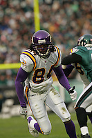 16 Jan 2005:Randy Moss of the Minnesota Vikings during the Philadelphia Eagles 27-14 victory over the Minnesota Vikings at Lincoln Financial Field in Philadelphia, PA. <br /> <br /> Mandatory Credit:Todd Bauders/ContrastPhotography.com