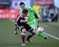 FUSSBALL   1. BUNDESLIGA  SAISON 2012/2013   10. Spieltag 1. FC Nuernberg - VfL Wolfsburg      03.11.2012 Hanno Balitsch (li, 1 FC Nuernberg) gegen Marcel Schaefer (VfL Wolfsburg)