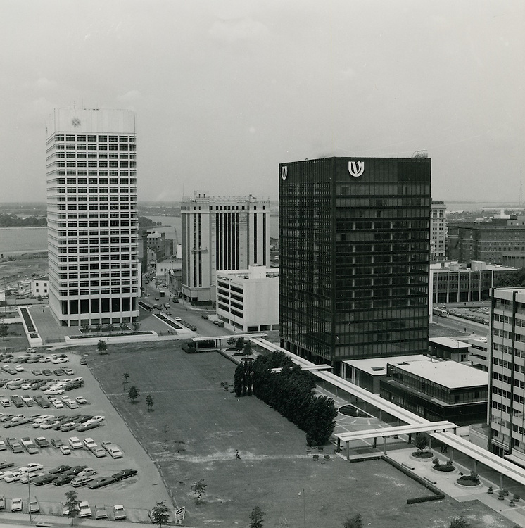 1970 June 08..Redevelopment...Downtown South (R-9)..Downtown Financial District looking West..Millard Arnold.NEG# MDA70-62-8.NRHA#..