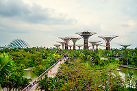 Climate-controlled conservatories and the 'supertrees' in the Singapore Gardens by the Bay. The Las Vegas Sands Corporation agreed to build this park, in the southern part of the bay, as part of the deal to get the license for the Marina Bay Sands resort hotel and casino.
