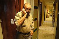 Roma  4 Febbraio 2005.Conferenza stampa nelle sede del giornale Il Manifesto,in  via Tomacelli, per il rapimento di Giuliana  Sgrena  inviata del giornale in Iraq. Vauro.
