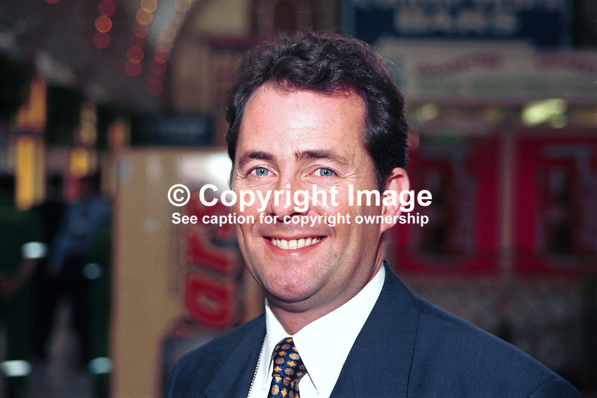 Dr Liam Fox, MP, Conservative Party, Britain, UK. Ref:199710194. Taken at Conservative Conference in Winter Garden, Blackpool..Copyright Image from Victor Patterson, 54 Dorchester Park, Belfast, UK, BT9 6RJ..Tel: +44 28 9066 1296.Mob: +44 7802 353836.Voicemail +44 20 8816 7153.Skype: victorpattersonbelfast.Email: victorpatterson@mac.com.Email: victorpatterson@ireland.com (back-up)..IMPORTANT: If you wish to use this image or any other of my images please go to www.victorpatterson.com and click on the Terms & Conditions. Then contact me by email or phone with the reference number(s) of the image(s) concerned.