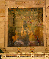 On the wall of the Gallaria delle Bibite a tiled mural illustrates the benefits of the thermal water on maturity