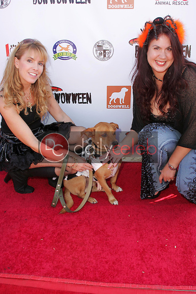 Julia Verdin with Fileena Bahris and Spanner who is wearing jewlery by Fileena<br />