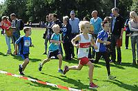 ATLETIEK: HEERENVEEN: 19-09-2015, Athletics Champs AV Heerenveen, Wytzen van der Kooi (#103 | 7 jaar), Ruben Piek (#96 | 8 jaar), ©foto Martin de Jong