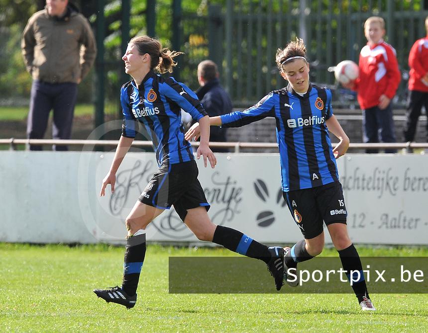 Club Brugge Dames : Nicky Van Den Abbeele in vreugde na haar doelpunt. Samen met Charlotte Laridon .foto DAVID CATRY / Vrouwenteam.be