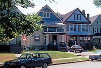 Buffalo Vernacular. Domestic Architecture Circa 1900. 400 block of Crescent, near Amherst. (Photo '88)