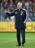 FUSSBALL   1. BUNDESLIGA   SAISON 2012/2013  15. SPIELTAG     SC Freiburg - FC Bayern Muenchen      28.11.2012 Trainer Jupp Heynckes (FC Bayern Muenchen)