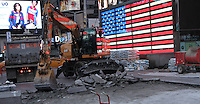 NEW YORK, NY-September 09: Current construction underway at Military Island on Times Square in New York City on September 09, 2016. Credit: RW/MediaPunch