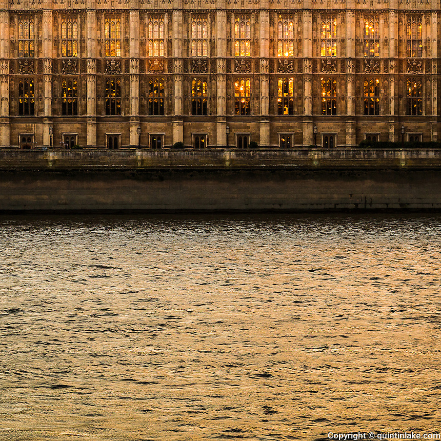 Thames Waters 169 Miles downstream (Houses of Parliament, London). Thames Path, England, UK