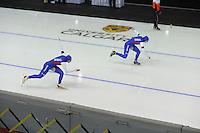 SPEEDSKATING: CALGARY: 15-11-2015, Olympic Oval, ISU World Cup, 500m, Brittany Bowe (USA), Heather Richardson (USA), ©foto Martin de Jong