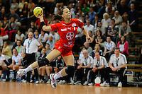 Elisabeth Garcia (TSV) bei Sprungwurf