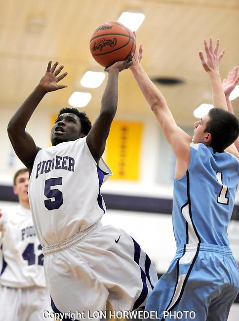 Skyline vs Pioneer JV basketball at Pioneer High School, Friday, January 31, 2014.