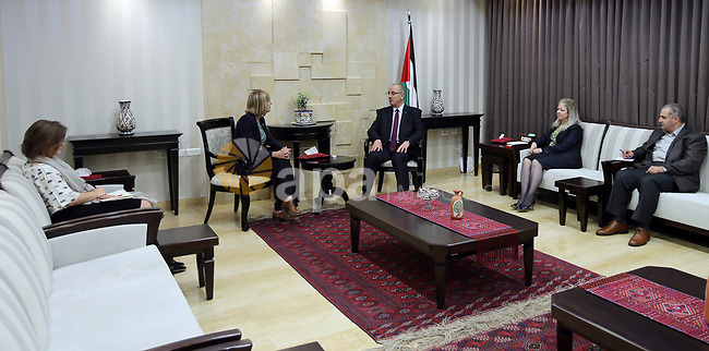 Palestinian Prime Minister Rami Hamdallah meets with Representative of Norway to Palestine Hilde Haraldstad, in the West Bank city of Ramallah on April 19, 2017. Photo by Prime Minister Office