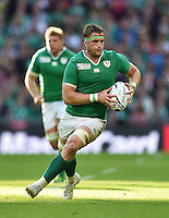 Jamie Heaslip of Ireland in possession. Rugby World Cup Pool D match between Ireland and Romania on September 27, 2015 at Wembley Stadium in London, England. Photo by: Patrick Khachfe / Onside Images