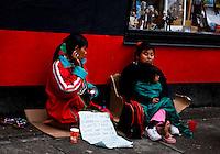 A women beg for money in a street in Bogota, Colombia. 29/02/2012.  Photo by Eduardo Munoz Alvarez / VIEWpress.