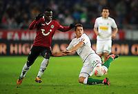 FUSSBALL   1. BUNDESLIGA    SAISON 2012/2013    9. Spieltag   Hannover 96 - Borussia Moenchengladbach         28.10.2012 Didier Ya Konan (li, Hannover 96)  gegen Granit Xhaka (re, Borussia Moenchengladbach)