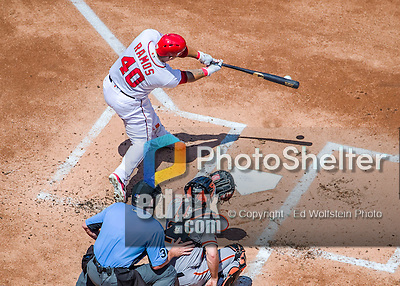 7 August 2016: Washington Nationals catcher Wilson Ramos connects against the San Francisco Giants at Nationals Park in Washington, DC. The Nationals shut out the Giants 1-0 to take the rubber match of their 3-game series. Mandatory Credit: Ed Wolfstein Photo *** RAW (NEF) Image File Available ***