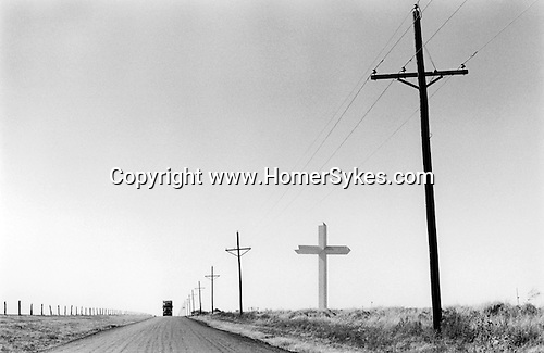 GROOM TEXAS USA JUNE 1999. GROOM IS THE HOME OF THE LARGEST CROSS IN THE WESTERN HEMISPHERE.