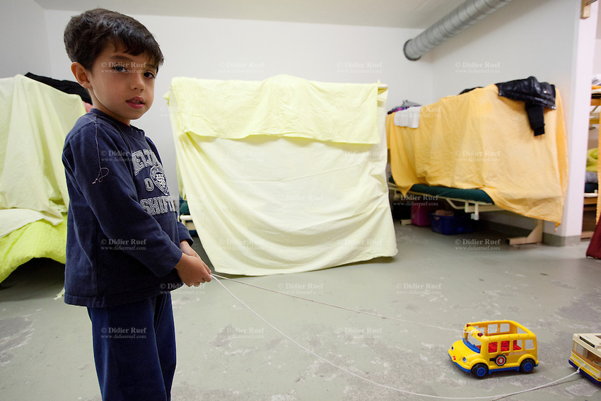 Civil Protection Toys : Asylum centre seekers immigration bunker afghan