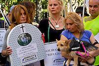 Animalisti Italiani contro la strage di 75 cani in Ucraina