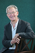 SIMON SCHAMA, POPULAR RESPECTED HISTORIAN, BBC BROADCASTER. EDINBURGH INTERNATIONAL BOOK FESTIVAL. Thursday 24th August 2006. Over 600 authors from 35 countries are appearing at the Edinburgh International Book festival during 12th-28th August. The festival takes place in historic Edinburgh city, a UNESCO City of Literature.