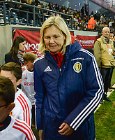 20170411 - LEUVEN ,  BELGIUM : Scottish coach Anna Signeul  pictured during the friendly female soccer game between the Belgian Red Flames and Scotland , a friendly game in the preparation for the European Championship in The Netherlands 2017  , Tuesday 11 th April 2017 at Stadion Den Dreef  in Leuven , Belgium. PHOTO SPORTPIX.BE   DAVID CATRY